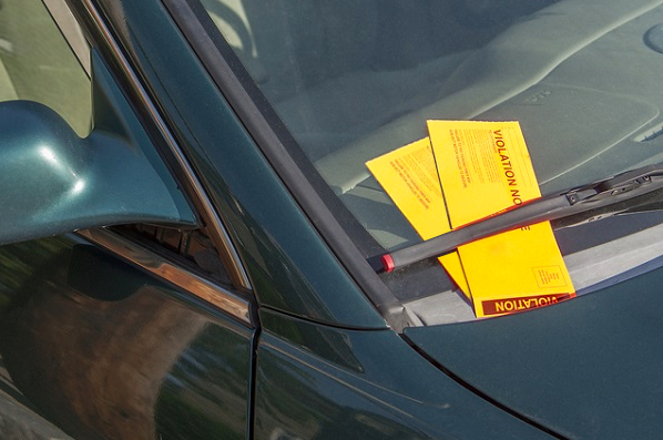 do parking tickets affect insurance rates