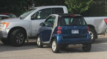 David-goliath parking
