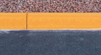 yellow curb meaning